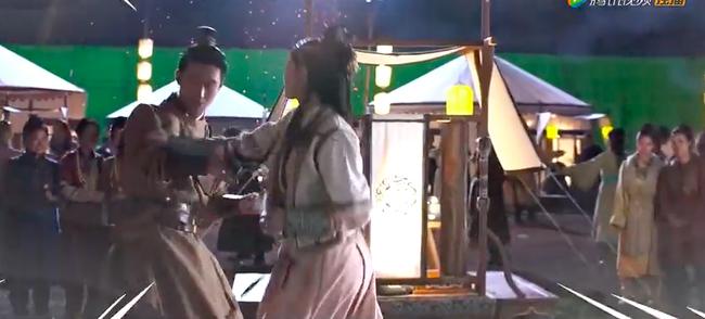 """""""Yến Vân Đài"""": Lộ cảnh Đường Yên đánh nhau với Đậu Kiêu, bà bầu mang song thai mặt vẫn nhỏ nhắn đẹp xinh - Ảnh 9."""
