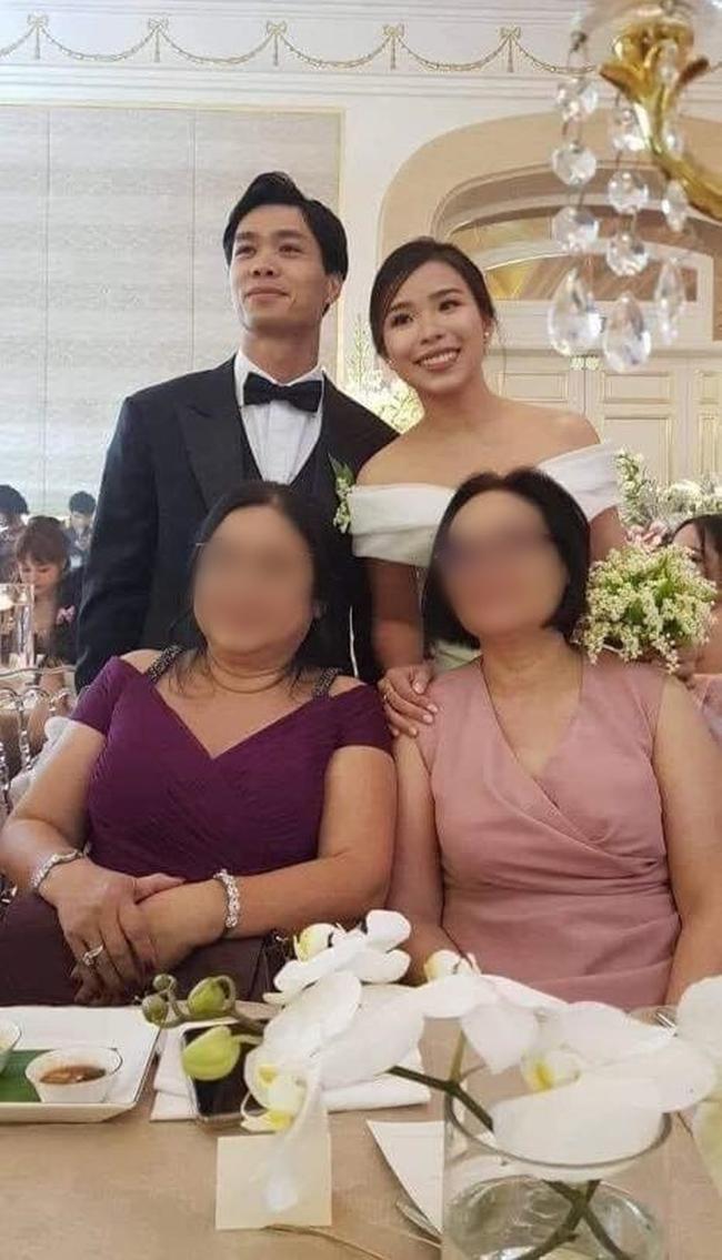 Chính thức lộ ảnh cặp đôi Công Phượng - Viên Minh trong tiệc đính hôn tối 3/6: Chú rể bảnh bao, cô dâu make up đơn giản nhưng vẫn rạng ngời - Ảnh 3.