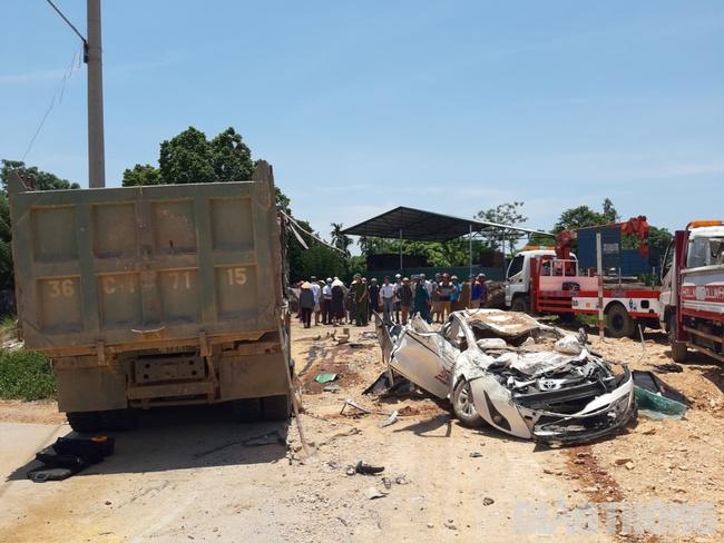 Vụ xe tải đè bẹp xe con khiến 3 người tử vong ở Thanh Hóa: Sức khỏe hiện tại của cháu bé sống sót duy nhất - Ảnh 2.