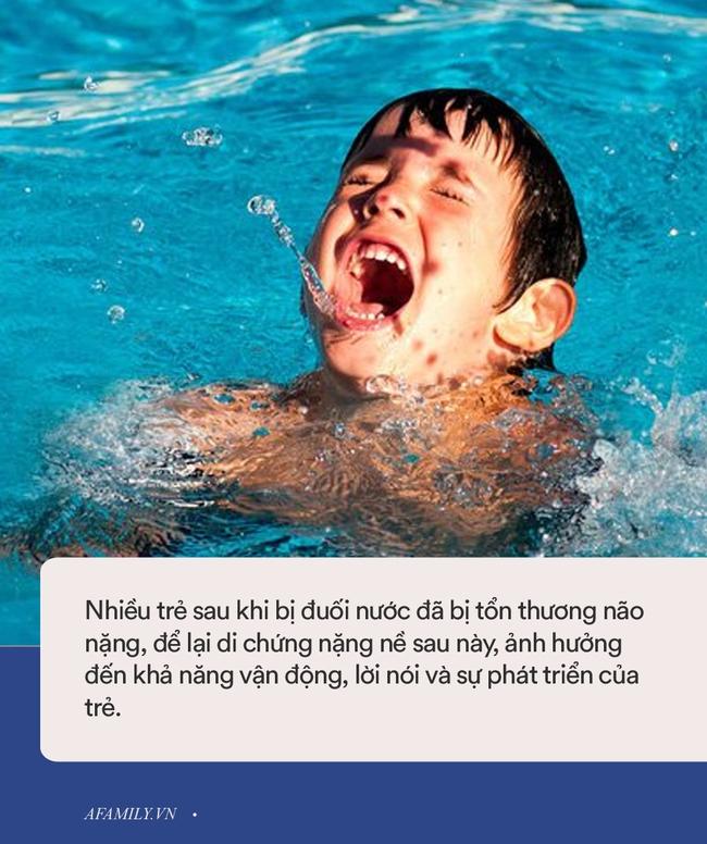 Mới đầu hè đã xảy ra không ít vụ đuối nước thương tâm, bố mẹ hết sức chú ý khi cho con đi bơi  - Ảnh 2.