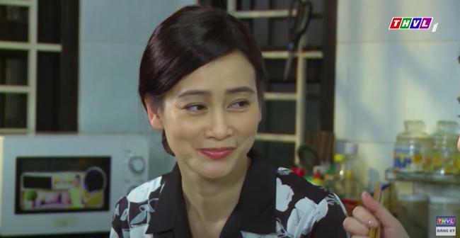 """""""Mẹ ghẻ"""": Lộ cảnh ngọt ngào của Thanh Trúc - Lương Thế Thành, yêu nhau trước mặt Thúy Diễm?  - Ảnh 7."""