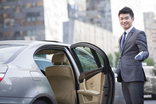 Dân công sở Nhật và những nguyên tắc ngầm phức tạp khi ngồi xe cùng sếp, mắc lỗi nhỏ cũng bị đánh giá - Ảnh 5.