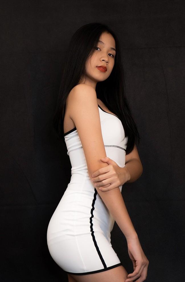 Sự thay đổi ngoại hình chóng mặt của nhóc tỳ nhà sao Việt: Con gái Trương Ngọc Ánh chân dài miên man, sốc nhất là vẻ sexy của ái nữ nhà Lưu Thiên Hương - Ảnh 11.