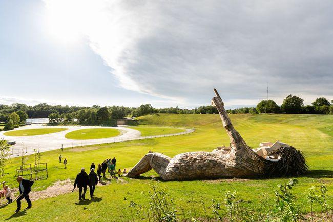 seven-trolls-outdoor-sculptures-thomas-dambo-1-1594460000859447825383.jpg