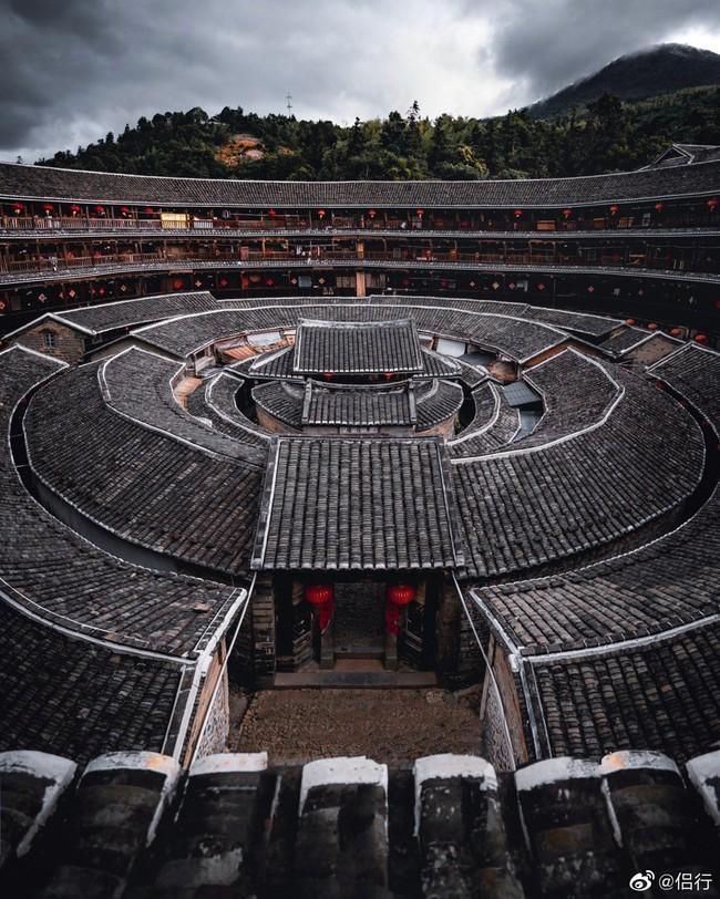 """Mãn nhãn với """"hóa thạch sống"""" của kiến trúc cổ Trung Hoa: Khu chung cư đất nung lớn nhất thế giới, là một kiệt tác sáng tạo của văn hóa xưa - Ảnh 3."""