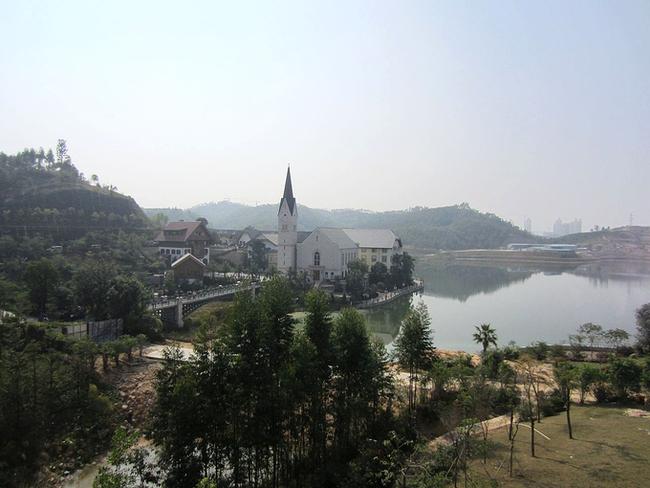 """Trung Quốc chi 23.000 tỷ đồng để """"photocopy"""" ngôi làng 7000 tuổi đẹp nhất thế giới - Ảnh 3."""
