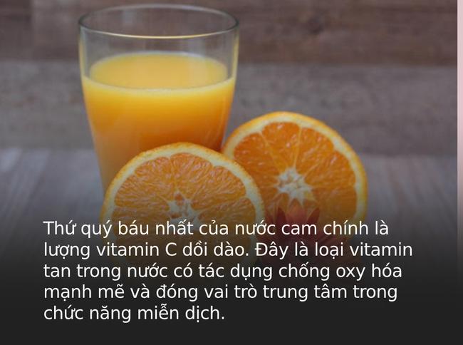 """""""Một cốc nước cam bằng một thang thuốc bổ"""" nhưng đừng dại uống vào 4 thời điểm này kẻo rước thêm bệnh"""