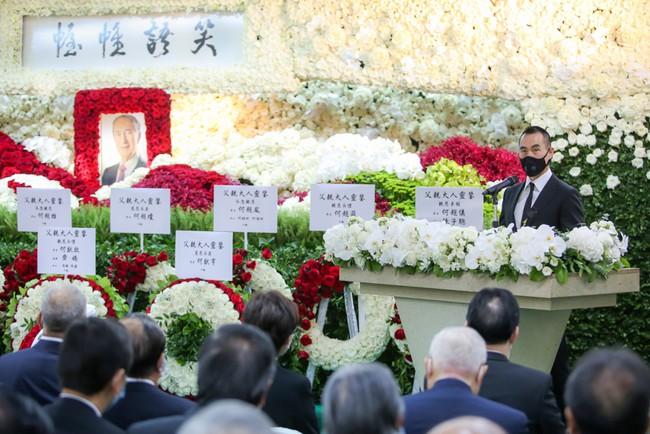 Ba người con dâu tại tang lễ Vua sòng bài Macau: Người kín tiếng, kẻ thị phi đều lép vế trước con dâu lớn xuất thân danh gia vọng tộc - Ảnh 1.
