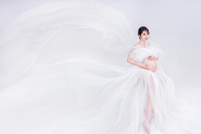 Hoa hậu Đại dương Đặng Thu Thảo hạnh phúc khoe bụng bầu song sinh - Ảnh 7.