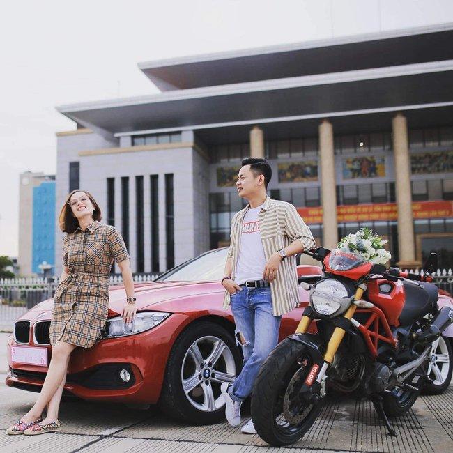 """Cuộc hôn nhân của người phụ nữ không tin vào hôn nhân với người chồng """"cực dị"""": Xe Ducati 300 triệu rước dâu xong xuôi là hết nhiệm vụ, cất vào góc nhà - Ảnh 5."""