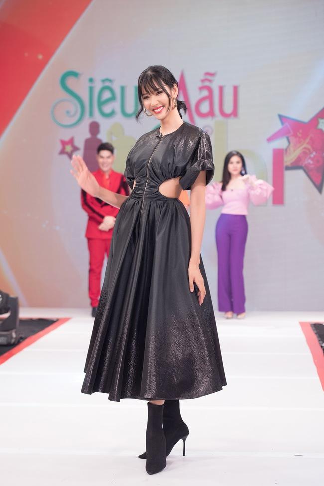 """Á hậu Hoàng Thùy xuất hiện ấn tượng khiến Vân Trang vô tình bị """"dìm hàng"""" với màu tím bắt trend nhưng quê kiểng - Ảnh 5."""