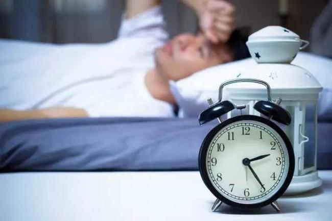 """Những người có tuổi thọ ngắn thường có """"3 chậm"""", chỉ cần xuất hiện 1, cơ thể không còn khỏe mạnh - Ảnh 1."""