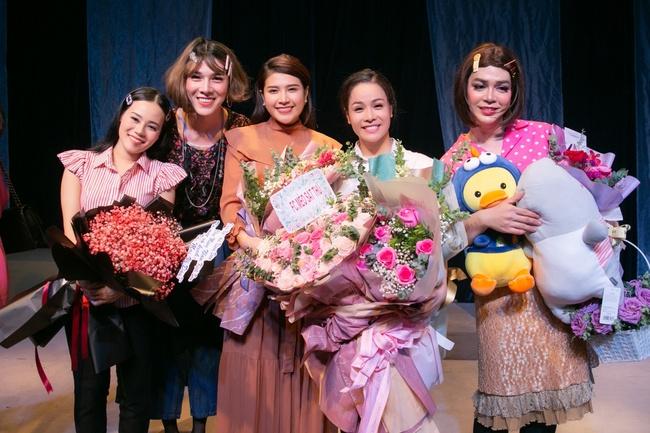 Đóng vai thiếu nữ nhẹ dạ cả tin, Nhật Kim Anh nhắn nhủ lời cảnh tỉnh cho các cô gái trẻ - Ảnh 6.