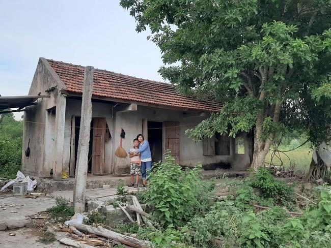 """Chuyện """"bao đồng"""" của người phụ nữ đơn thân vượt qua nghịch cảnh, dành thời gian xin gạo giúp người nghèo - Ảnh 5."""
