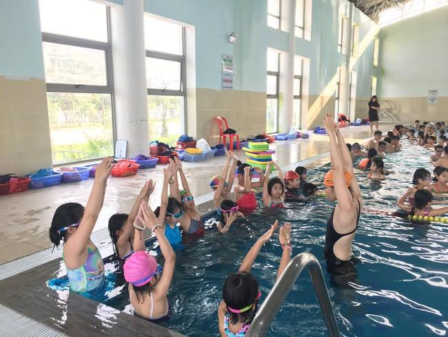 Mùa hè đến rồi, đây là 6 địa chỉ học bơi uy tín ở Hà Nội cho trẻ cha mẹ nên tham khảo ngay - Ảnh 10.