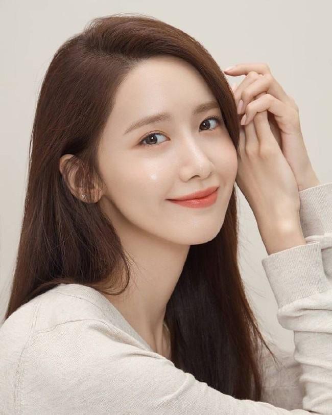 Top mỹ nhân Hàn Quốc có tầm ảnh hưởng nhất trên mạng xã hội Trung Quốc: Vụ ly hôn với Song Joong Ki cũng không giúp Song Hye Kyo vượt qua đàn em này - Ảnh 6.