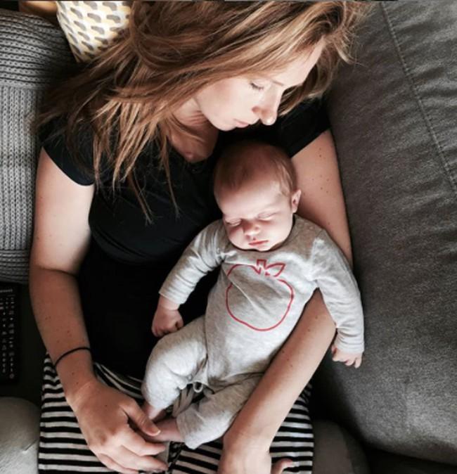 Xót lòng người mẹ trẻ 3 lần mất con vì hội chứng teo cơ tủy sống nhưng vẫn không thôi mong mỏi sinh 1 đứa con khỏe mạnh - Ảnh 1.