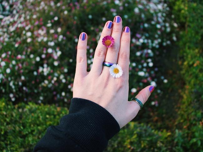 """Chỉ cần xòe bàn tay ra trước mặt, bạn hoàn toàn có thể """"bắt bệnh"""" thông qua những dấu hiệu nhỏ trên mỗi ngón tay: Nếu mắc bệnh hãy đi khám ngay - Ảnh 2."""