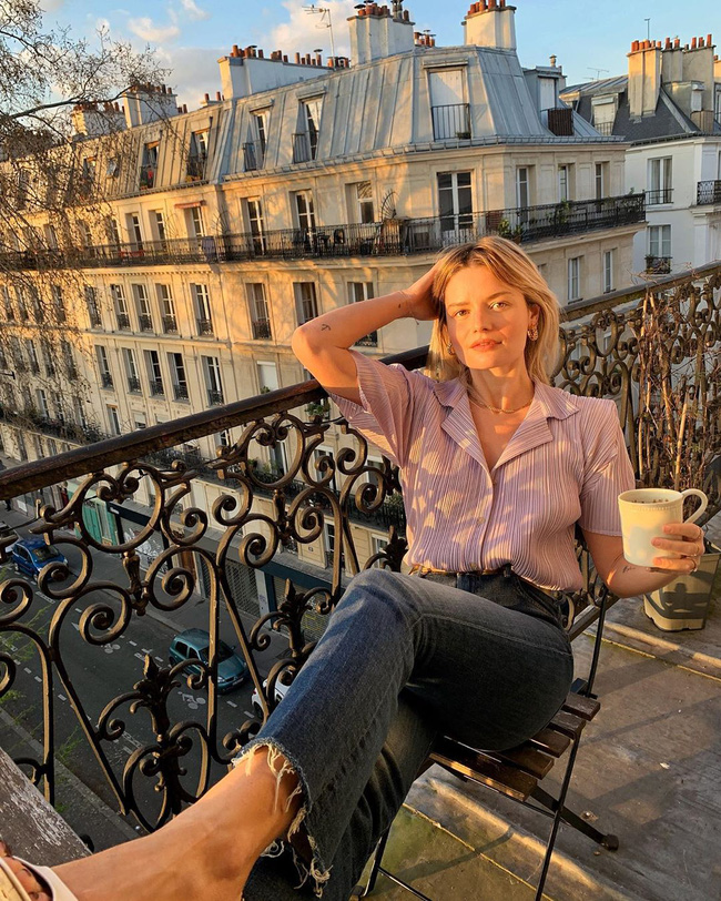 Phụ nữ Pháp cũng mê đồ tím lắm chứ không vừa, chị em mau tham khảo 13 set đồ sau để mở mang tầm mắt - Ảnh 12.
