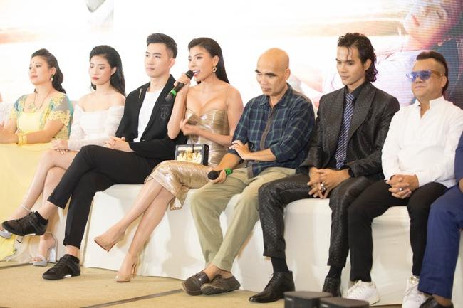 Thúy Diễm chóng mặt buồn nôn khi đóng phim giờ vàng VTV3, xin Lương Thế Thành cho diễn cảnh nóng - Ảnh 7.