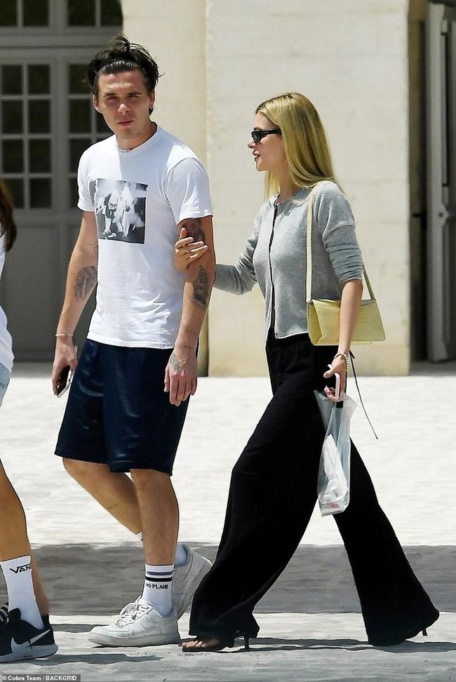 """Không chỉ tặng quà cưới """"khủng"""", vợ chồng Beckham còn đối xử với con dâu tỷ phú thế này đây - Ảnh 4."""
