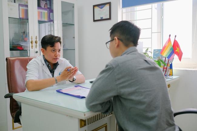 Cộng đồng LGBT Hà Nội: Đã có bệnh viện thân thiện dành cho các bạn - Ảnh 6.