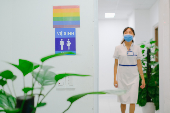 Cộng đồng LGBT Hà Nội: Đã có bệnh viện thân thiện dành cho các bạn - Ảnh 7.