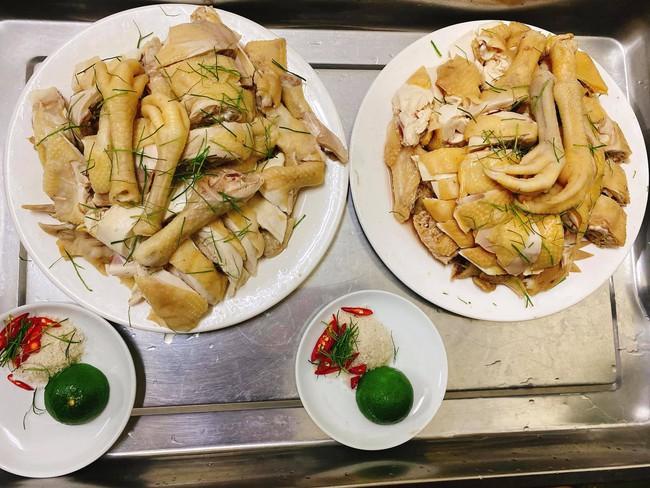 Con dâu tỷ phú Hoàng Kiều ở siêu biệt thự, đi du lịch bằng chuyên cơ nhưng về nhà vẫn là người vợ đảm, nấu đồ ăn Việt cho cả nhà - Ảnh 6.