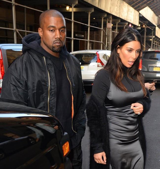 Trước khi khóc lóc tố nhau trên truyền thông, Kanye West và Kim Kardashian từng có 8 năm mặn nồng còn quan hệ 500 lần/một ngày chỉ mong có con - Ảnh 10.