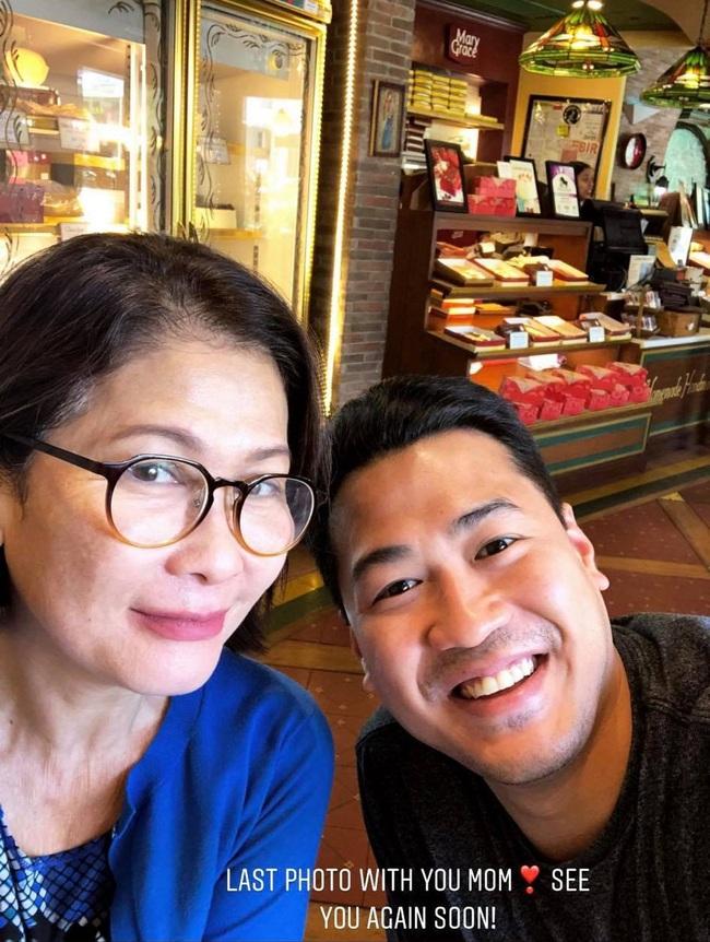 """Phillip Nguyễn đăng ảnh mẹ ruột trâm anh thế phiệt cùng lời nhắn nhớ nhung như """"con nít"""", dân tình tai nấy bất ngờ vì ảnh mẹ quá trẻ đẹp - Ảnh 1."""