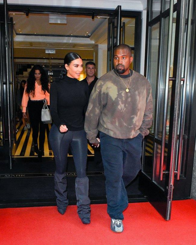 Trước khi khóc lóc tố nhau trên truyền thông, Kanye West và Kim Kardashian từng có 8 năm mặn nồng còn quan hệ 500 lần/một ngày chỉ mong có con - Ảnh 14.