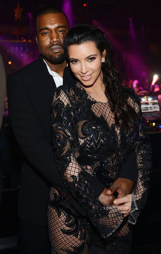 Trước khi khóc lóc tố nhau trên truyền thông, Kanye West và Kim Kardashian từng có 8 năm mặn nồng còn quan hệ 500 lần/một ngày chỉ mong có con - Ảnh 3.
