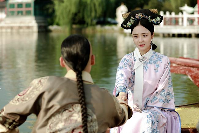 """Phi tần bí ẩn của Hoàng đế Càn Long: Tuyệt sắc giai nhân xuất thân bình thường được xem là nguyên nhân khiến Kế hoàng hậu """"cắt tóc đoạn tình"""" - Ảnh 1."""