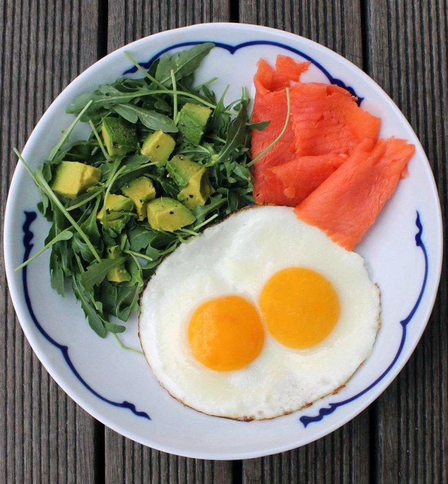 8 bữa sáng healthy giúp bạn no đến tận trưa, áp dụng lâu còn khiến cân nặng giảm mạnh mẽ - Ảnh 4.