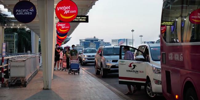 Sân bay Đà Nẵng - Hà Nội - TP.HCM: Tăng cường các chuyến bay, các công ty du lịch hỗ trợ khách đổi chuyến bay - Ảnh 3.