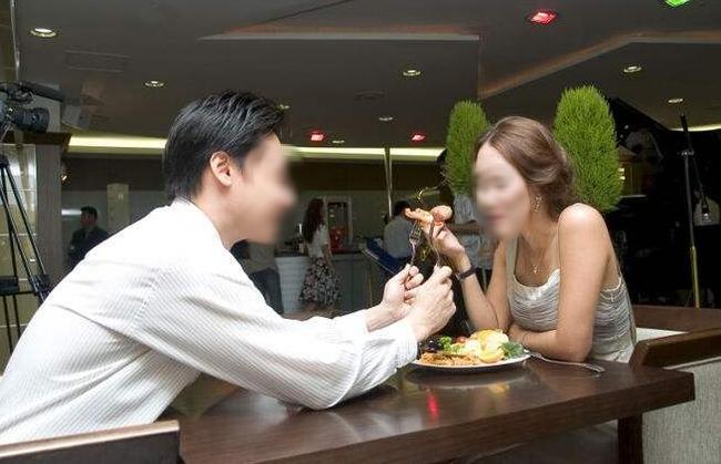 """Tình huống khó ngờ của cô gái 29 tuổi đi xem mắt: Bị đưa ra 1 """"mớ"""" điều kiện song cô nàng chỉ đáp ngắn gọn mà """"chất ngất"""" - Ảnh 1."""