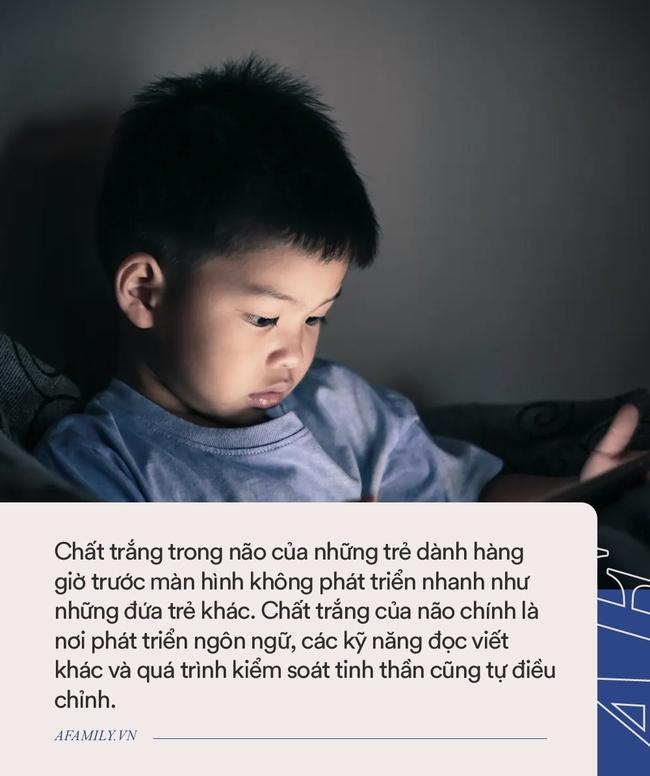 Trẻ mới biết đi có thể chậm phát triển trí não bởi hành động này của rất nhiều cha mẹ - Ảnh 1.