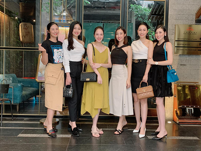 Để ý mới thấy, hội Hoa hậu - Á hậu Hà Thành thường xuyên tụ hội nhưng chẳng lần nào có mặt Huyền My - Ảnh 3.