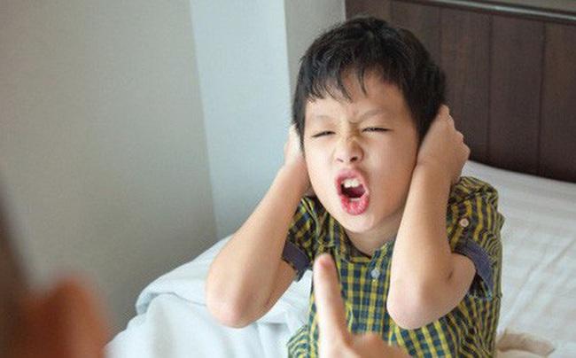 5 thói quen xấu cho thấy trẻ có chỉ số IQ cao, bố mẹ đừng vội mà nổi cáu - Ảnh 2.
