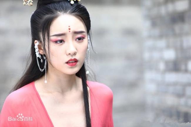 """Lâm Hữu Hữu của """"30 chưa phải là hết"""": Là """"tiểu tam"""" đáng ghét nhất màn ảnh hiện nay, bị khán giả chỉ trích nặng nề - Ảnh 6."""