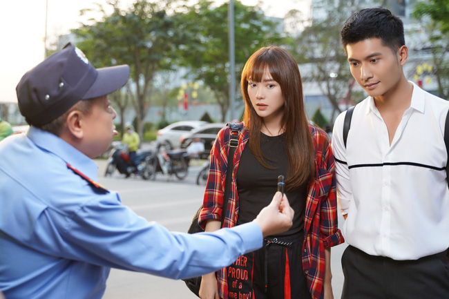 """Tập 2 """"Kẻ săn tin"""", vừa """"đụng chạm"""" trai đẹp Minh Hằng lại bất ngờ vướng vào vụ án giết người nghiêm trọng - Ảnh 6."""