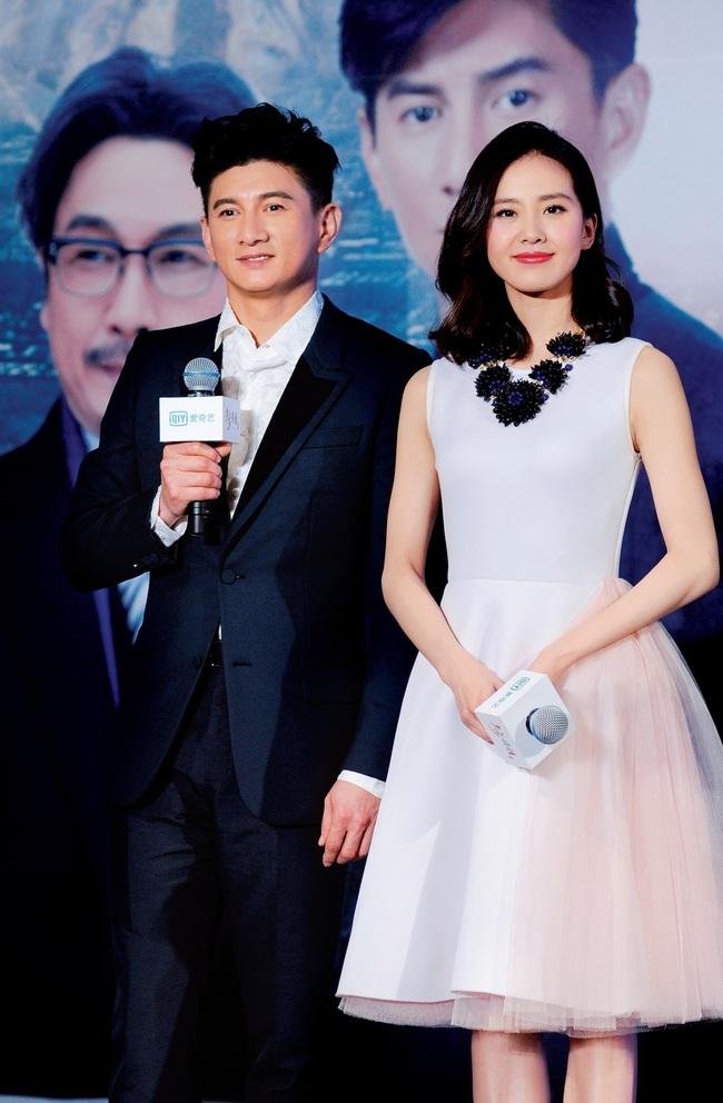 """8 cặp sao """"phim giả tình thật"""" được ngưỡng mộ nhất showbiz Hoa – Hàn - Ảnh 2."""