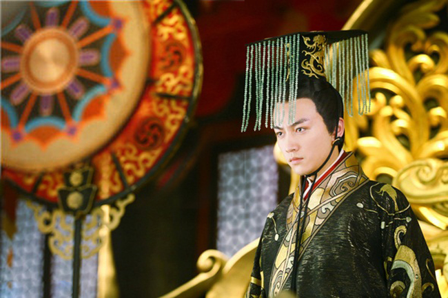 """Vị Hoàng đế Trung Hoa có cuộc sống hôn nhân cực """"lạ"""": Suốt đời một vợ một chồng bởi lý do đằng sau u ám đến cực điểm - Ảnh 3."""