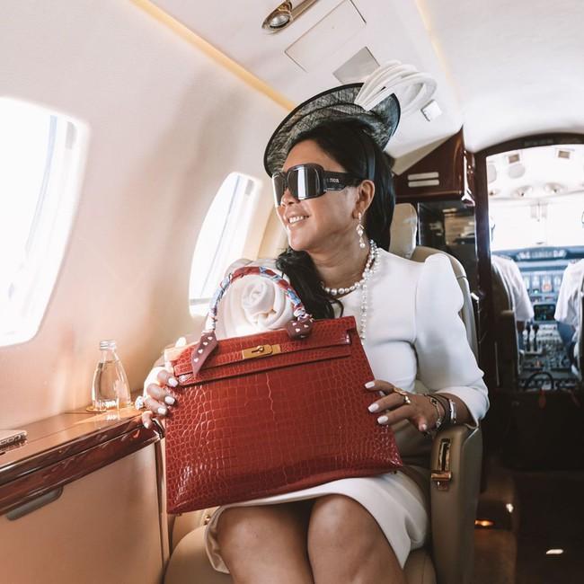 Từ cô sinh viên rửa bát thuê, bán hàng ở chợ trở thành chủ công ty nghìn tỷ: Nữ doanh nhân phi thường này là ai? - Ảnh 5.