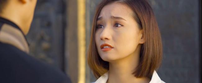Tình yêu và tham vọng: Minh bị đuổi khỏi ghế tổng giám đốc, bà Khuê quỳ xuống xin con trai cưới Tuệ Lâm một lần nữa