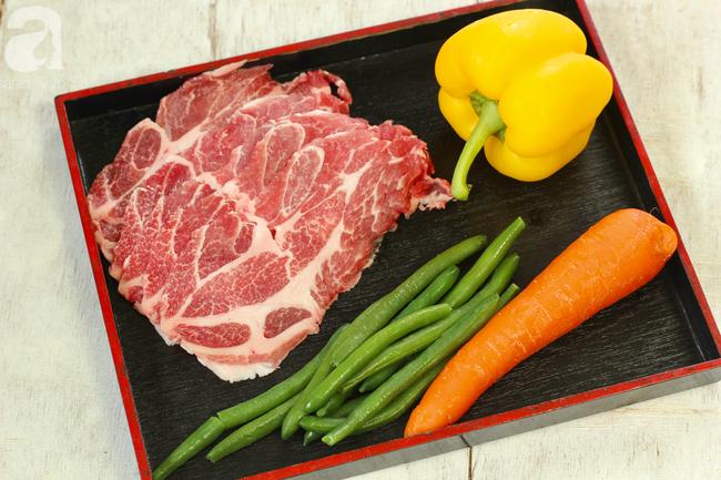 Thịt heo cuộn rau củ - Ảnh 1.