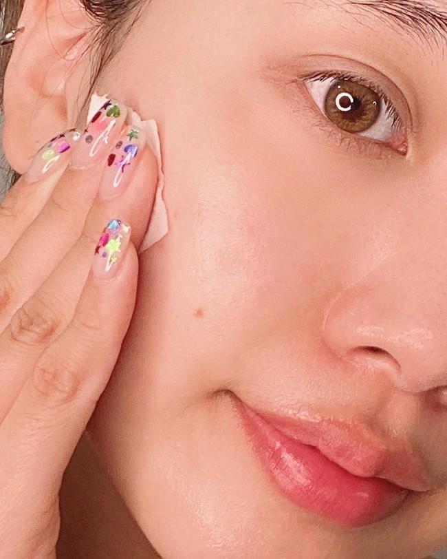 Trong suốt sự nghiệp khám da cho các chị em, bác sĩ thấy đây là 5 lỗi skincare nghiêm trọng mà nhiều người mắc nhất - Ảnh 3.