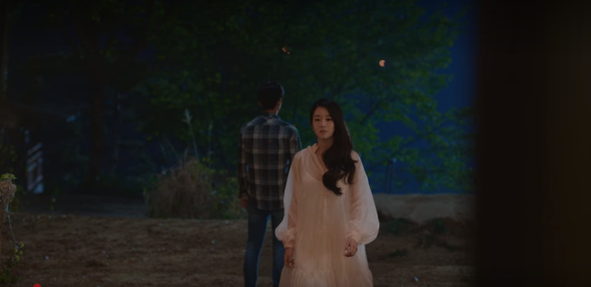 """Nhan sắc của Seo Ye Ji (Điên Thì Có Sao) """"thần thánh"""" quá: Diện đồ ngủ, trang điểm nhạt toẹt mà càng đẹp ngây dại - Ảnh 4."""