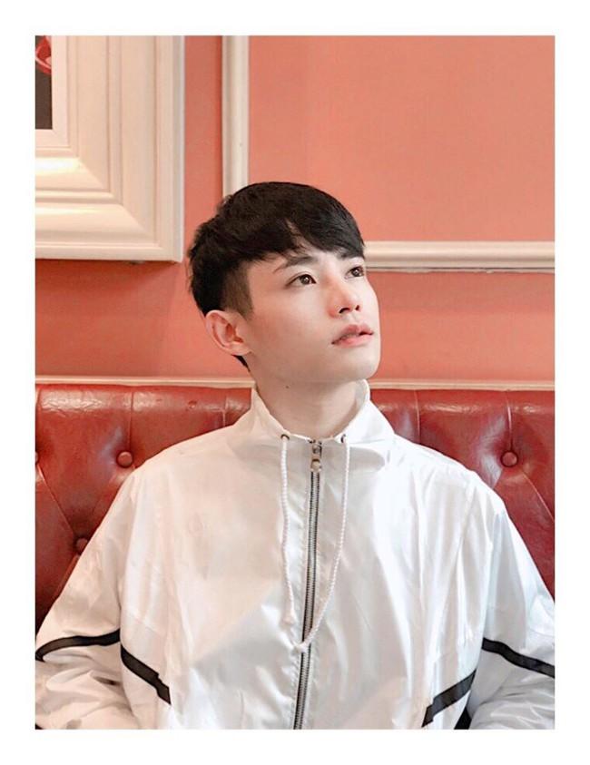 Giấu gia đình đi phẫu thuật thẩm mỹ 4 lần, chàng trai được khen giống idol Hàn Quốc nhưng chi phí phẫu thuật mới là điều đáng trầm trồ nhất - Ảnh 8.