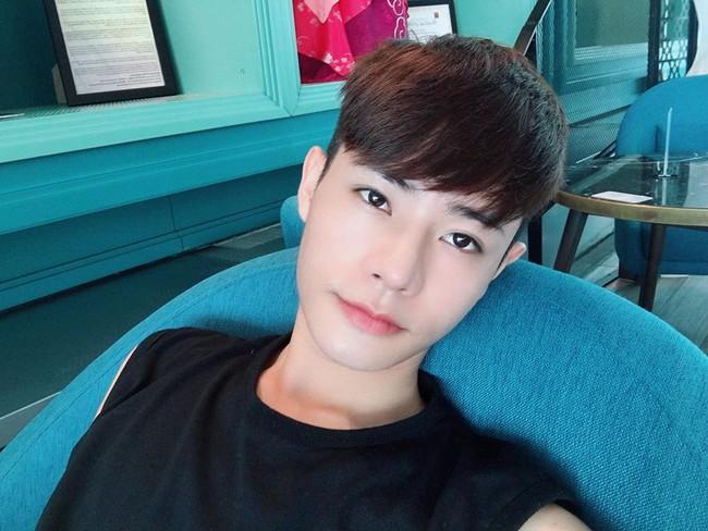 Giấu gia đình đi phẫu thuật thẩm mỹ 4 lần, chàng trai được khen giống idol Hàn Quốc nhưng chi phí phẫu thuật mới là điều đáng trầm trồ nhất - Ảnh 11.